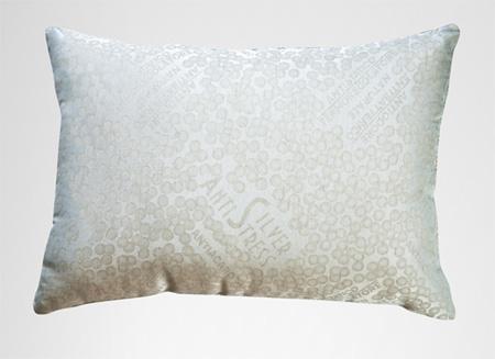 Сейчас стали делать подушки из особых материалов с добавками, обеспечивающих более глубокий сон, к примеру, ароматические подушки или подушки линии Silver Antistress