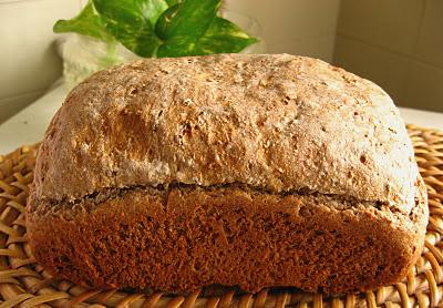 Отдайте предпочтение хлебу на закваске, лавашу или хлебу из проращенного зерна