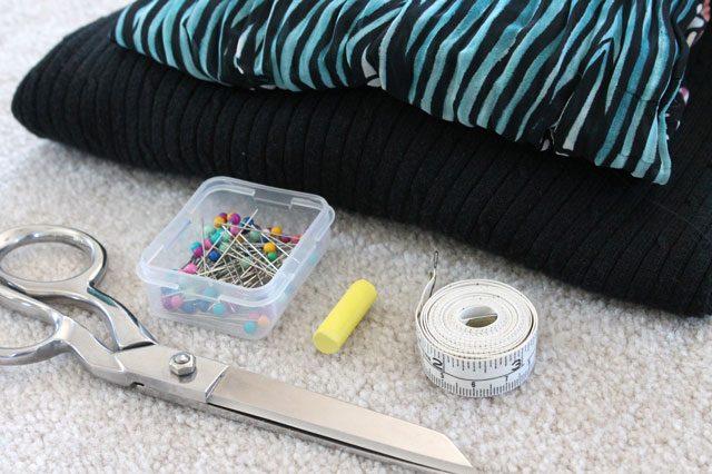 Как сделать модные свитер/кофту/пуловер с плиссированной вставкой - исходные материалы и инструменты