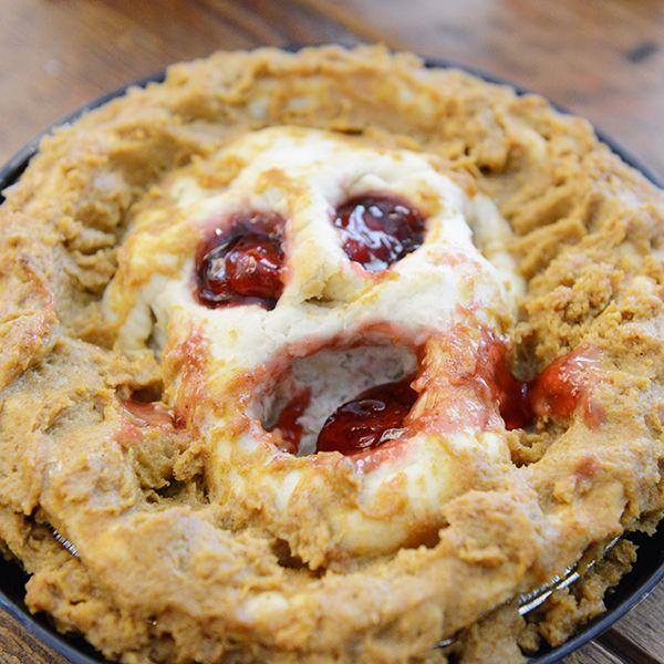 Оформление блюд на Хэллоуин: Пирог из Ада