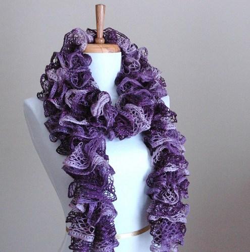 готовый легкий весенний объемный шарфик воланами