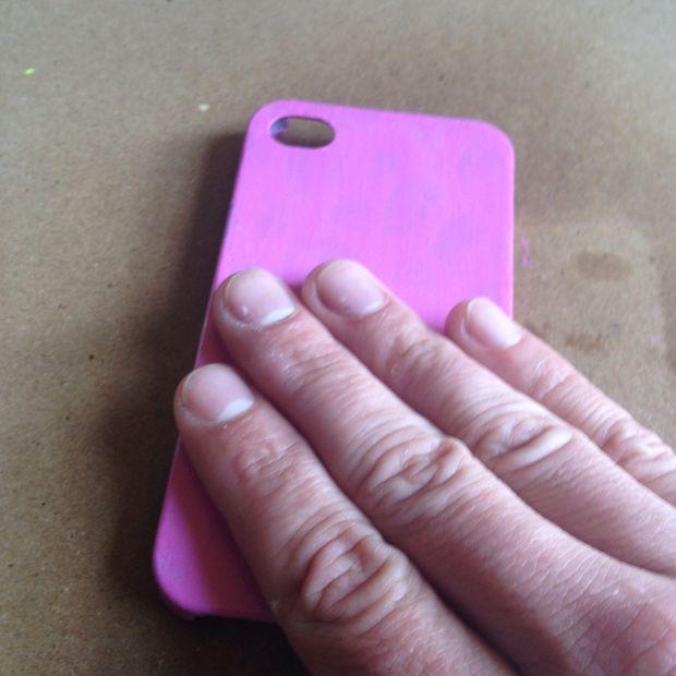 Термочувствительное покрытие на чехле для смартфона своими руками