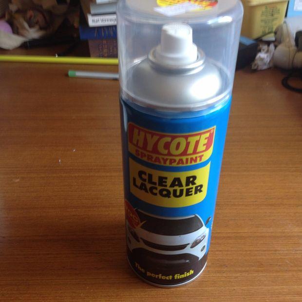 Краска высохла – наносим 2 слоя лакировочным составом, также давая каждому слою полностью просохнуть