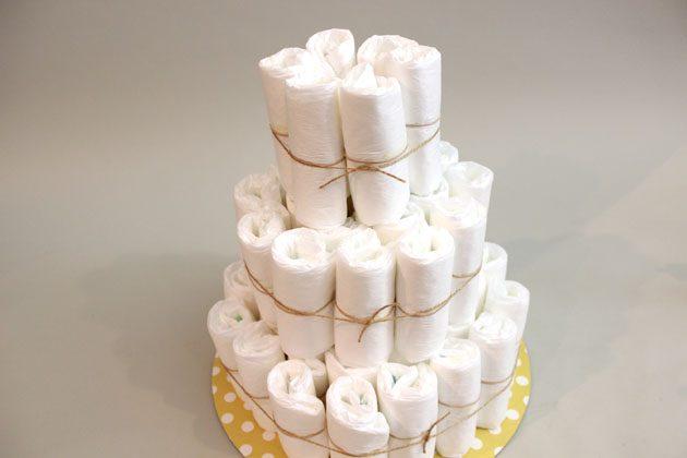 треий уровень торта из подгузников