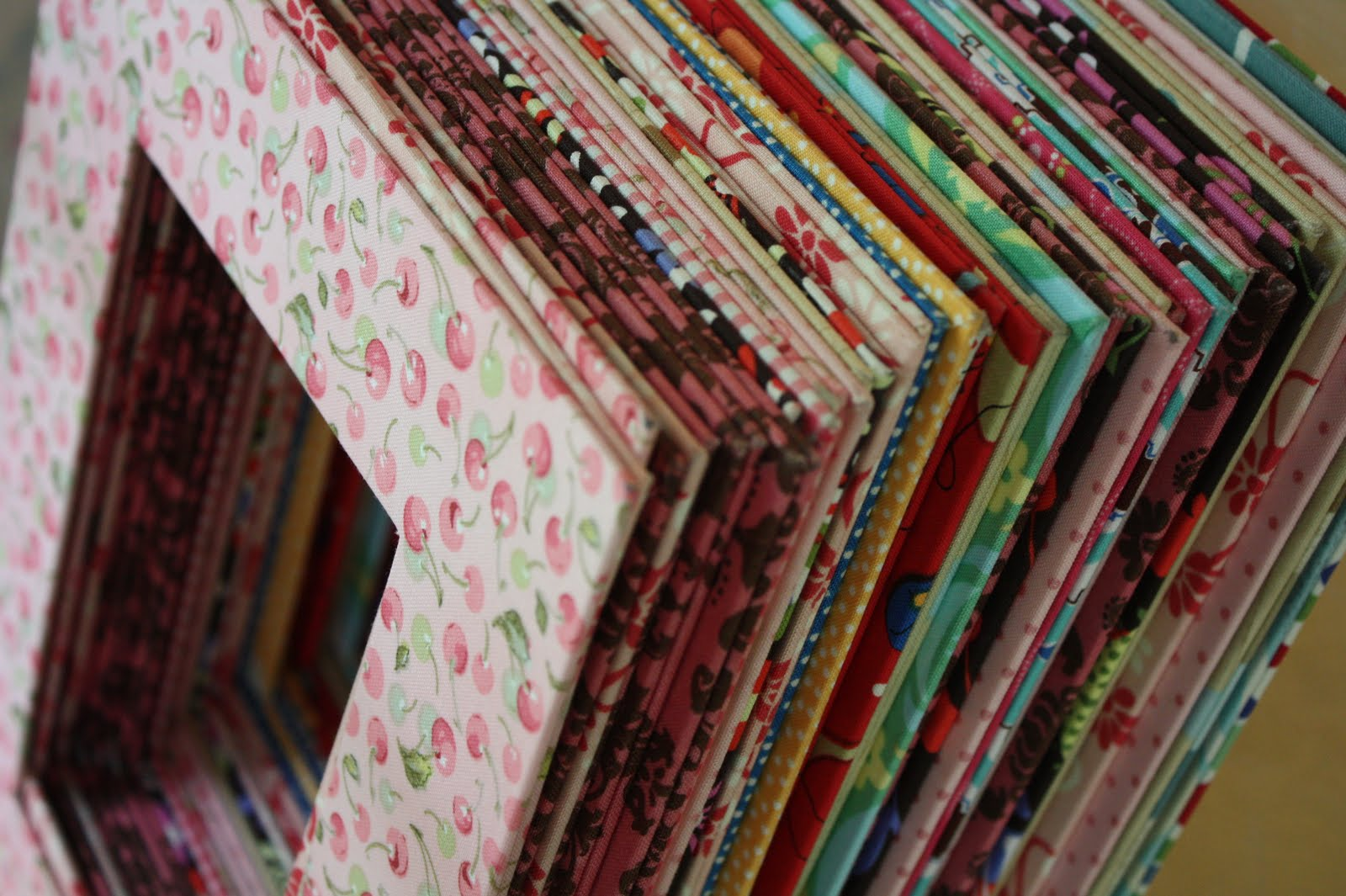 рамки-обрамления из ткани для картин и фотографий