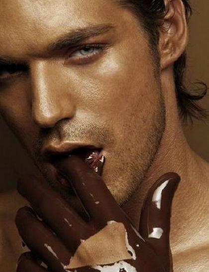 температура «таяния» хорошего шоколада близка к температуре вашего тела