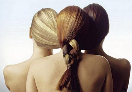 как и кожа, волосы тоже должны иметь теплый оттенок