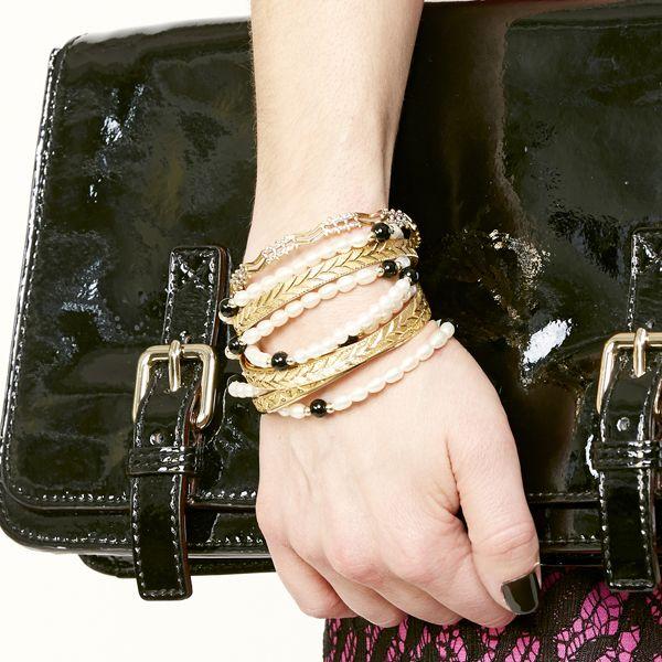 браслеты в несколько рядов, как носить: золото и жемчуг