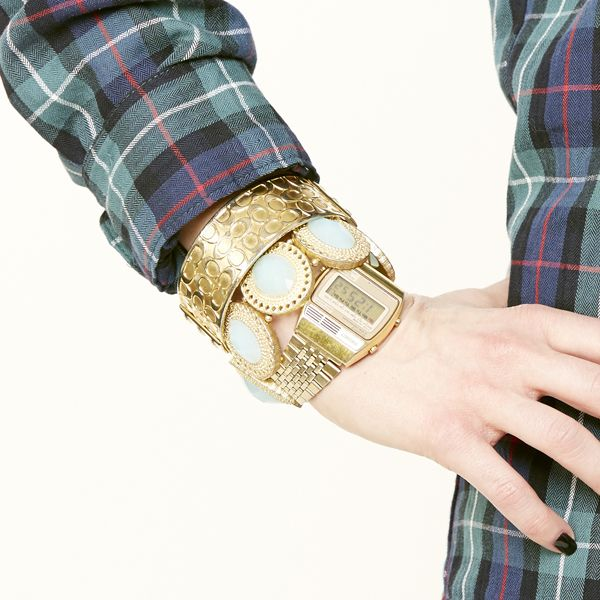 браслеты в несколько рядов, как носить: сочетание браслетов и часов