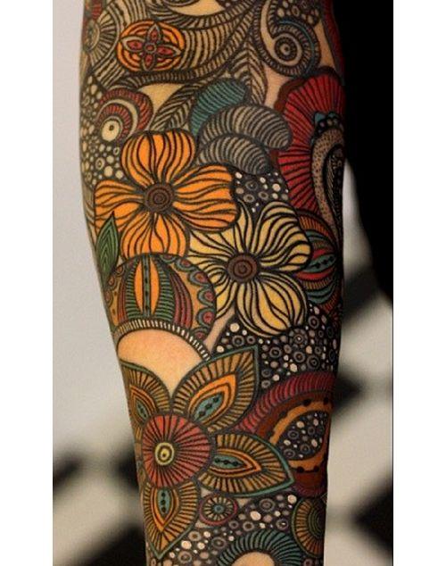 Как выглядит новый тренд – татуировки с винтажными цветами - графический дизайн