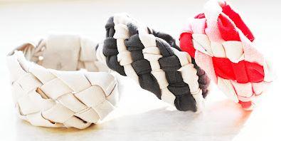 Широкие косы-браслеты: украшения из ненужных футболок