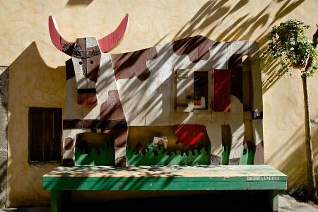 Орвието Италия удивительные уютные и волшебные улочки города деревянная корова