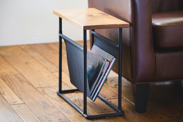 Как сделать узкий прикроватный журнальный столик своими руками
