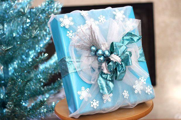 """Как упаковать подарок в стиле """"Холодного сердца"""" и королевы Эльзы"""