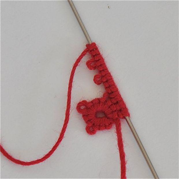 Как делать елочные игрушки своими руками: обвяжите пластиковые шары крючком - пошаговая инструкция в картинках