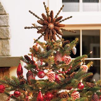 Склейте из шишек звезду на елку