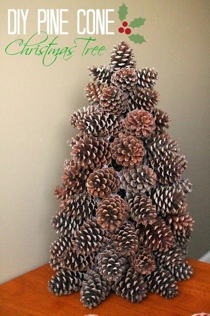 Как склеивать елки из шишек
