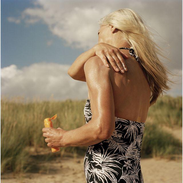Как и почему надо ухаживать за зрелой кожей после 50 для красоты вне времени - Ежедневное использование солнцезащитного средства