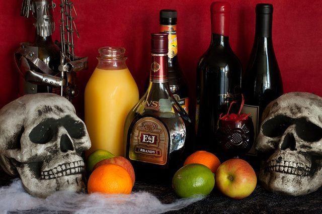 Ингредиенты для сангрии - спиртные напитки