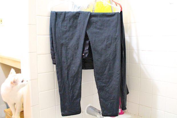 Высушите джинсы любым удобным вам способом