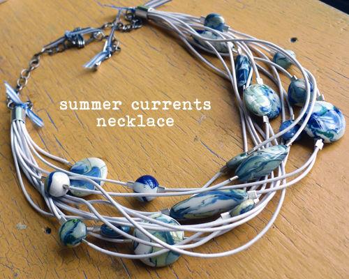 Как сделать воздушное летнее ожерелье «Облака на веревочке»