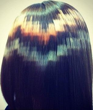 """""""Pixelated Hair"""" Гораздо реже используется многоцветное исполнение"""