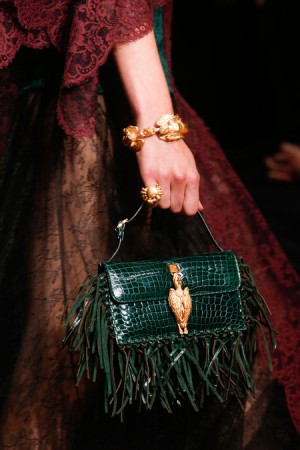 Кожаные сумки с бахромой: мода на сумки весна-лето 2014