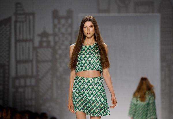 мода весна 2014: укороченные топы