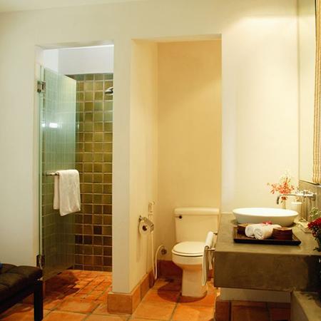 ультра-современная ванная комната