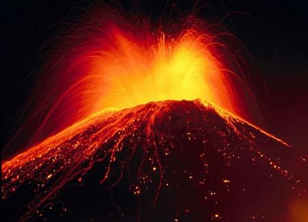 Так что собирайте требуемые материалы и начинайте «строить» свой собственный вулкан в миниатюре