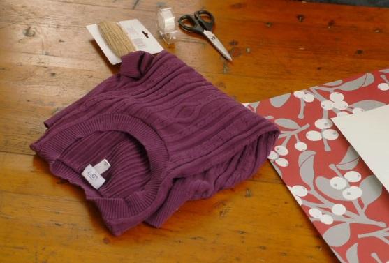 Как красиво упаковывать подарки нестандартной формы