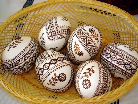 Как выглядят пасхальные яйца в разных странах мира