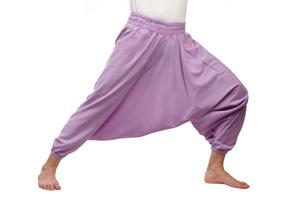 Как правильно подобрать одежду для занятий йогой