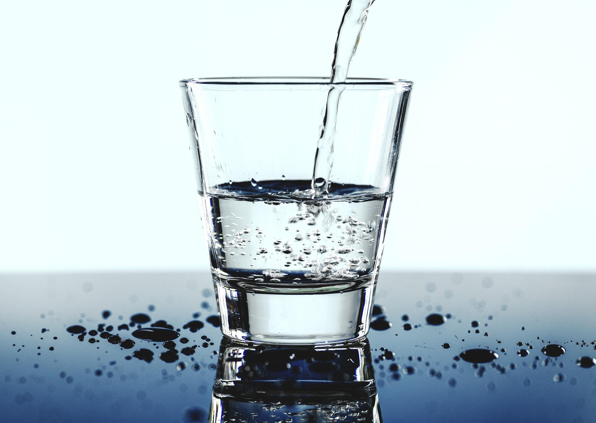 больше воды нужно пить