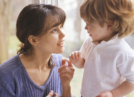 Избегайте игнорировать плохое поведение детей или долго выжидать перед началом объяснительного разговора с ними на эту тему