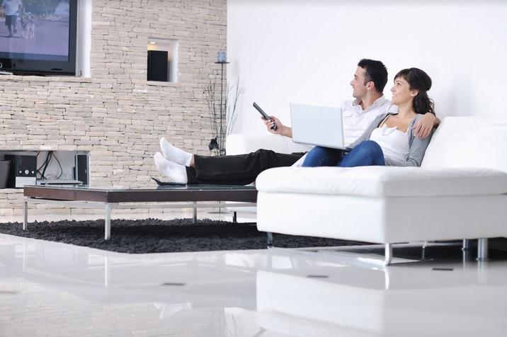 Как подключить смартфон к телевизору