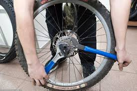 Замена колеса на велосипеде своими руками