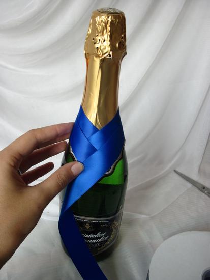 Украсить шампанское лентами своими руками видео