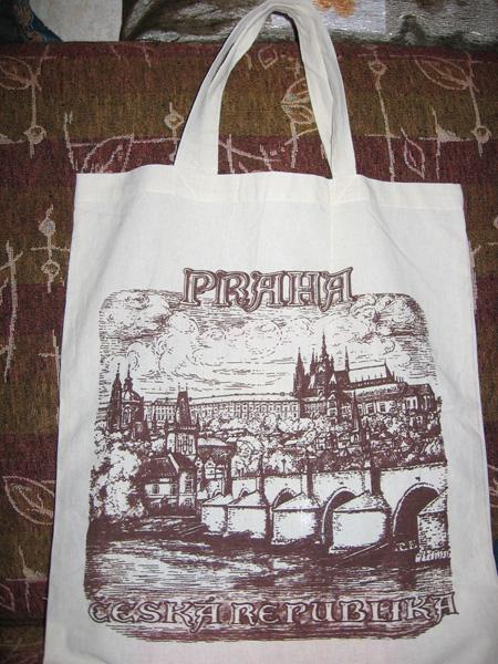 Как порадовать родных и друзей сувенирами и подарками, привезёнными из Чехии