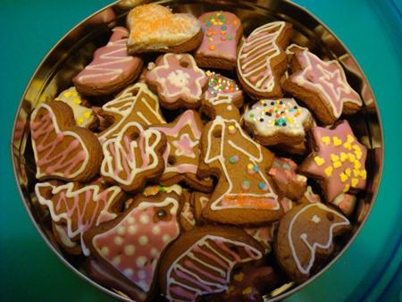Пусть дети украшают печенье