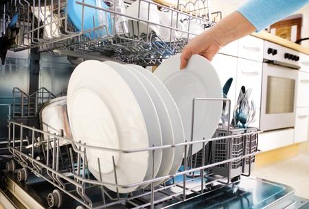 Посудомоечная машина сохраняет вам до 2-х часов в сутки на личные дела