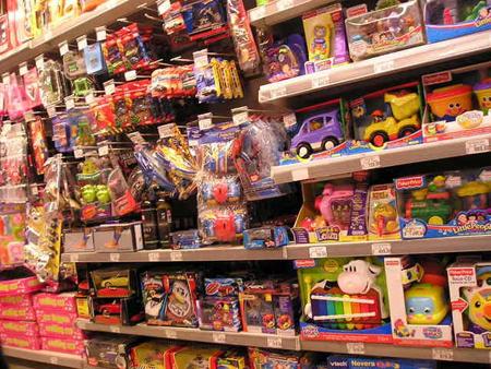 Выбирая ребенку игрушку среди всего современного многообразия, не сложно растеряться