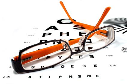 В наши дни очки выполняют двойную цель: они улучшают ваше зрение, и они же служат модным аксессуаром, который способен облагородить и/или улучшить ваш внешний вид