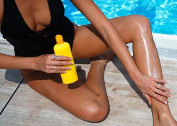 Как выбрать солнцезащитный крем для всей семьи?