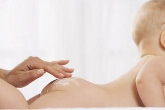 Как лечить пеленочный дерматит у новорожденных?