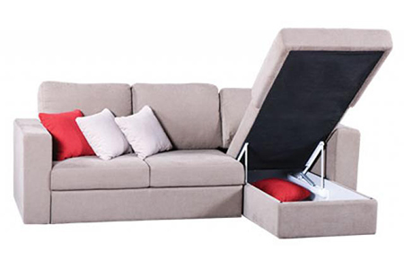 Настоятельно рекомендуется использовать, где возможно, мебель с двойным назначением, вроде кроватей и пуфов с встроенными ящиками для хранения