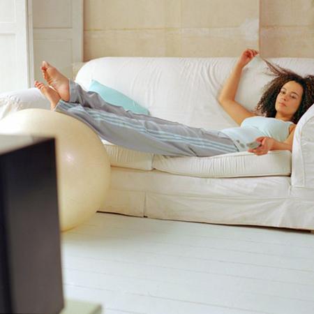 Так что, - для лентяя в каждом из нас, - вот простые, реалистичные советы, которые помогут вам перейти к активной жизни сегодня, а не завтра.