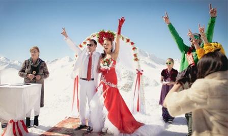 Как проходят необычные свадьбы: 7 примеров креативных церемоний