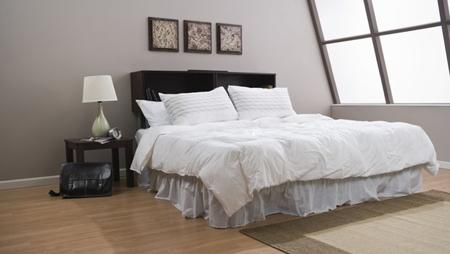Гостевые комнаты в доме/квартире обычно декорируют в последнюю очередь. Но, не смотря на это, к ним необходимо отнестись с неменьшим вниманием, и оформить и обустроить все с особой тщательностью