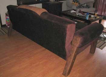 Законченный диван - вид сзади
